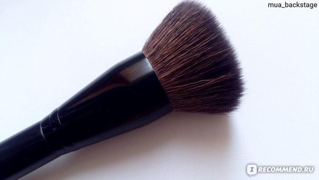 Кисть для лица Sephora Contour bronzer Poudre de soleil countour 46