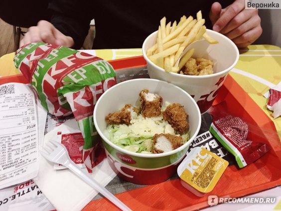 """""""KFC"""" - Международная сеть ресторанов общественного питания фото"""