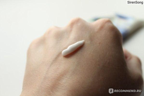 Крем для рук NIVEA Увлажняющий Алое Вера и масло Жожоба фото