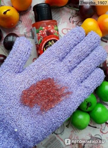 Скраб для тела Tutti Frutti Body Scrub cherry & currant Вишня и Смородина (Farmona)