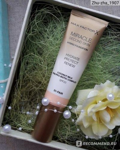 Тональная основа Miracle Second Skin Hybrid Foundation Hydrate Protect Renew SPF 20 # 01-fair (Max Factor)