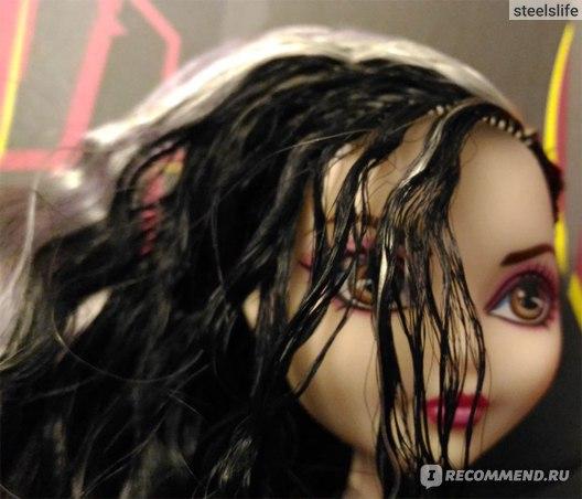 Ever After High Кукла Дачес Свон / Duchess Swan фото