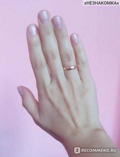 Покрытие ногтей гель-лаком в салоне, ногти после восстановления