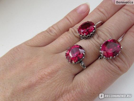 Серьги Красная Пресня серебряные с рубиновыми корундами Арт. 3381551-8 фото