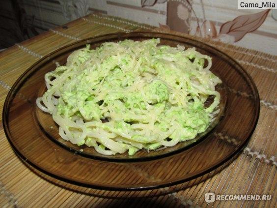Спагетти Pasta Prima в готовом виде с соусом из зеленого горошка