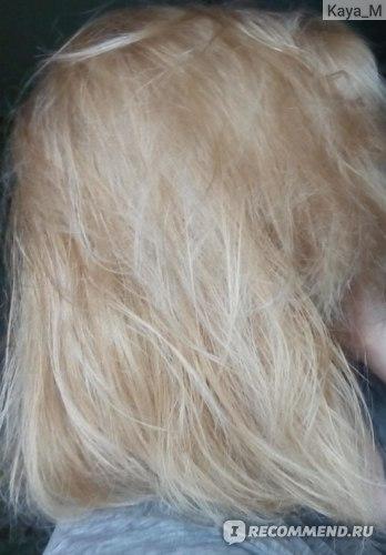Немного подсушенные феном волосы