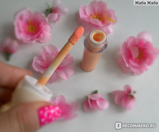 Блеск для губ TONY MOLY Princess Lip Gloss фото