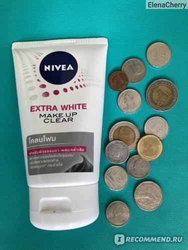 Пенка для умывания NIVEA Extra White make up clear фото