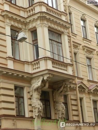 Дом Ратькова-Рожнова, фрагмент фасада