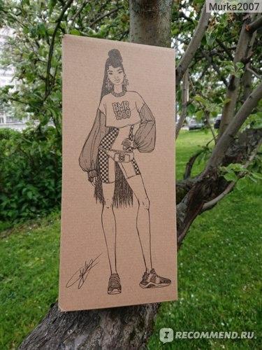 Коробка с артом куклы