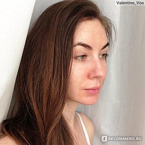 Вот волосы после шампуня, просто высушенные феном, никакой соломы. Пардонте, с утра я всегда немного опухшая =))