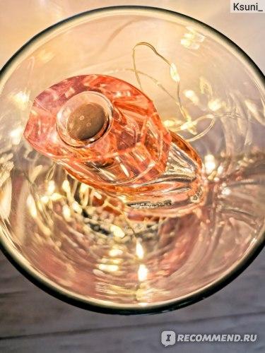 Туалетная вода Eau de Lacoste L.12.12 Pour Elle Sparkling отзыв.