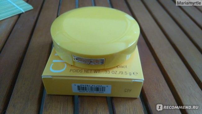 Пудра CLINIQUE Солнцезащитная минеральная Mineral Powder Makeup for Face SPF30 фото
