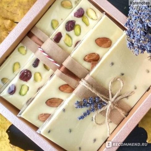 ассорти шоколадных плиток из белого шоколада Zephyr