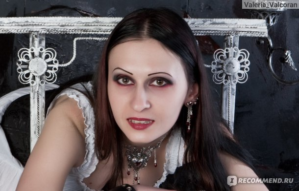Серьги Alchemy Gothic Bleeding Heart Droppers E272 фото