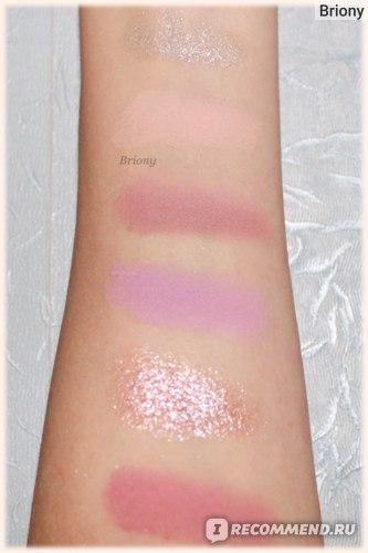 Huda Beauty Mercury Retrograde Palette  - ряд 2 - свотчи при искуственном освещении