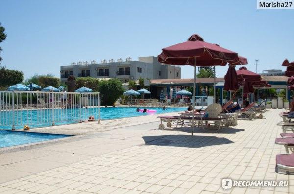 Crown resorts Elamaris villas  3*, Кипр, Протарас фото