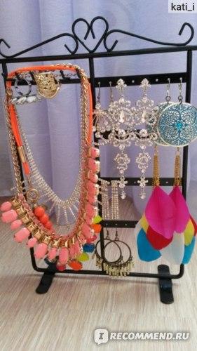 Подставка для бижутерии Aliexpress 1PC 6 Hooks 32 Holes Earrings Necklace Ear Studs Jewelry Display Rack Metal Stand Organizer Holder Display Shelf фото