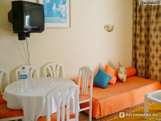 Le Hammamet 4* HOTEL & SPA (ex. Dessole, Тунис). Интерьер номера. Гостиная.