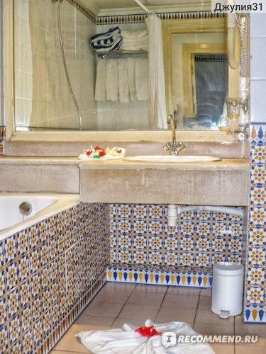 Le Hammamet 4* HOTEL & SPA (ex. Dessole, Тунис). Качество уборки. Столешница и зеркало - жесть...