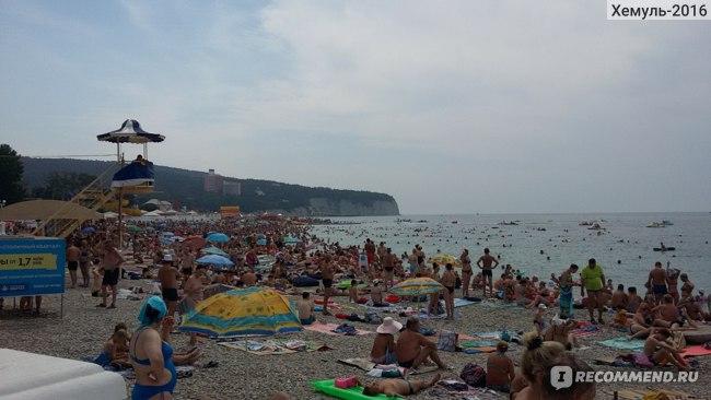 Пляж в Дивноморском