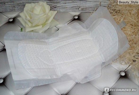 Прокладки Laurier F женские дневные супертонкие гигиенические с крылышками, 25 см  фото