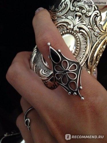 Кольцо серебряное Ebay Langer Silberring 925 mit schwarzem Stein und Durchbruchsmuster in Blütenform фото