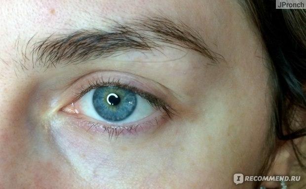 Крем для кожи вокруг глаз ВкусВилл с гиалуроновой кислотой фото