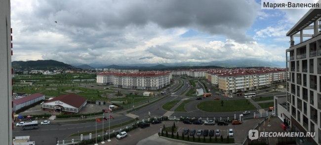 """Вид на комплекс отелей """"Бархатные сезоны"""" из отеля Bridge Resort"""