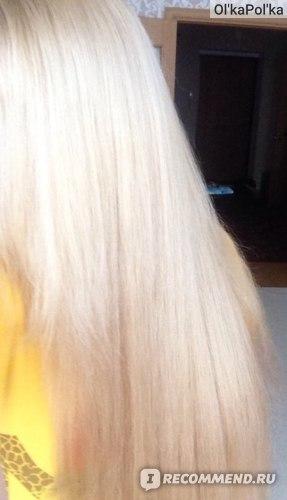Цвет волос спустя месяц после окрашивания при дневном освещении. Уже что-то, похожее на пепельный))