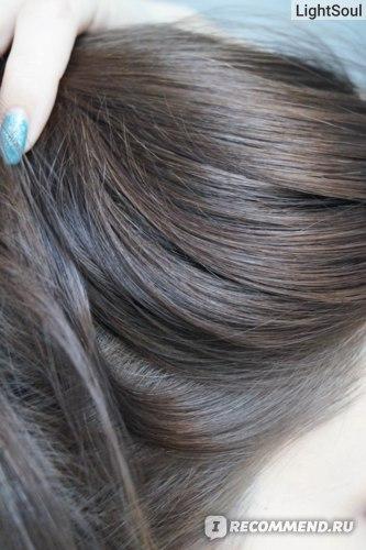 Шампунь Rohto 50 Megumi Color Care Shampoo для окрашенных волос