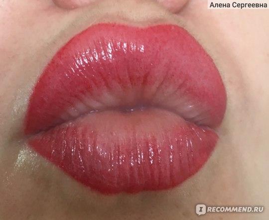Перманентный макияж губ. Второй день после нанесения. До отхода корочек.