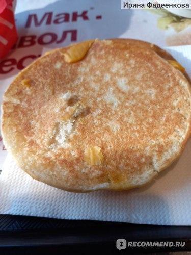 Фастфуд McDonald's / Макдоналдс тост с ветчиной и сыром фото