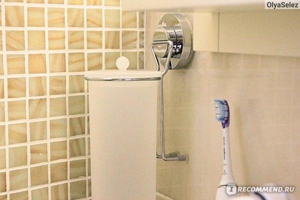 Держатель-присоска Tatkraft Mega Lock для ватных дисков  фото