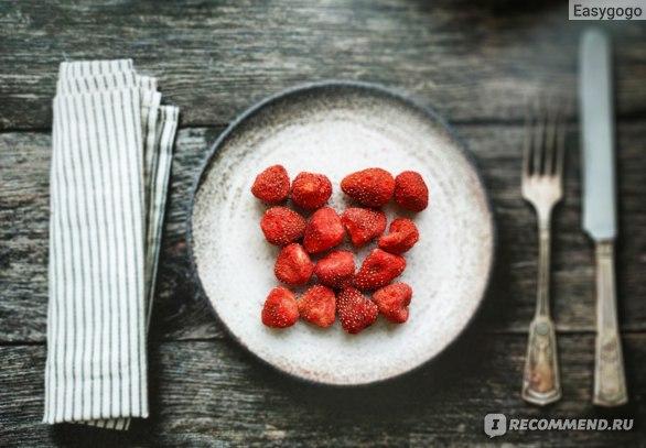 """Клубника сублимированная Простые привычки """"Хрустящие ягоды для перекуса"""""""