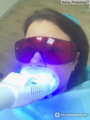 Отбеливание зубов Magic Smile фото