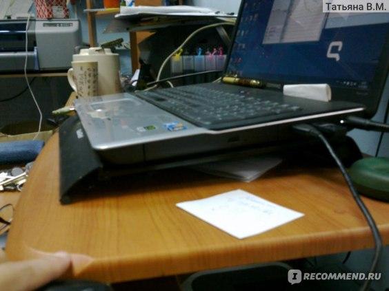 Подставка для ноутбука GlacialTech черная фото