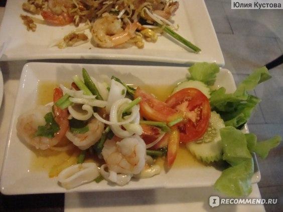 Салат с кольцами кальмаров (очень острый)