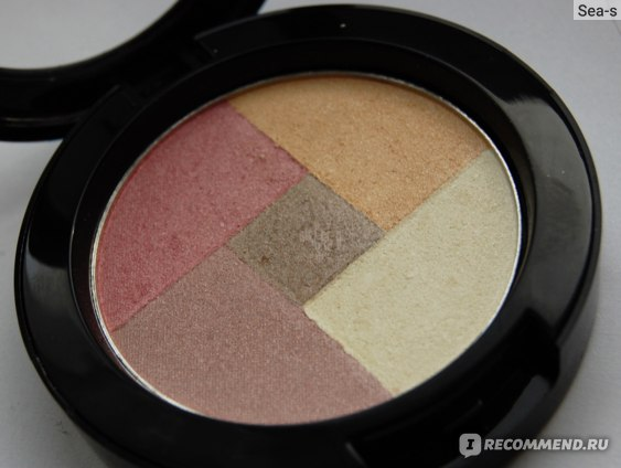 Румяна NYX Mosaic Powder Blush фото