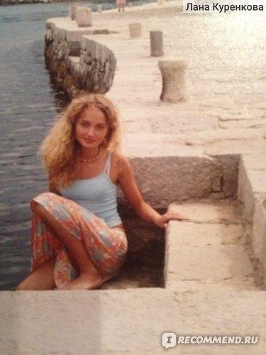 17 лет (волосы осветленные и тонированы)