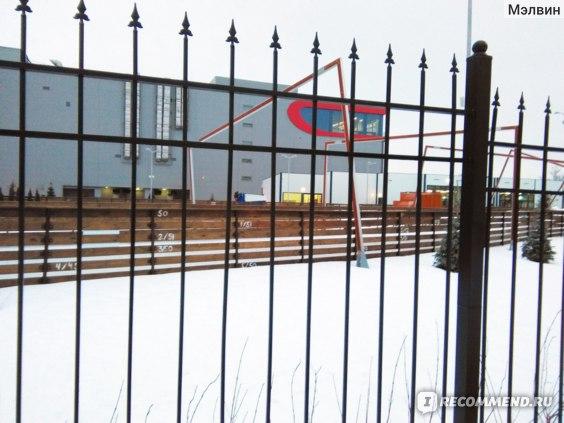 Дружелюбная ограда Тау Парка
