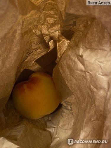 Одинокий персик