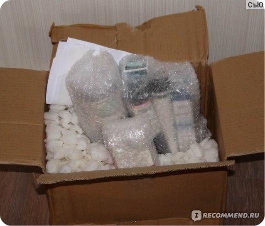 Коробка прилично подмятая. Мягкий картон.