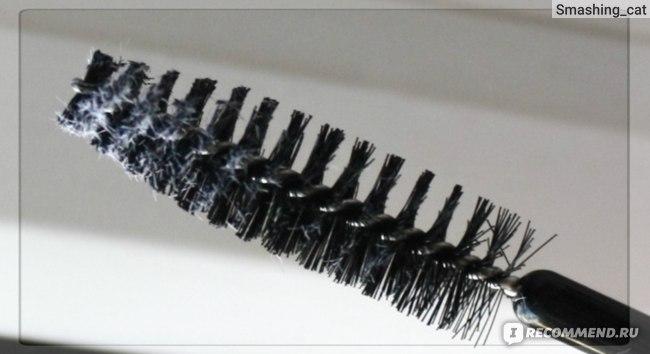 Пудра для ресниц Essence Volumizing lash powder фото