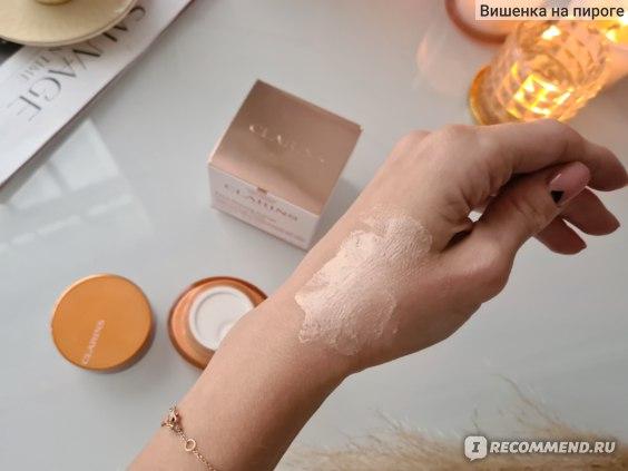 Крем для лица Clarins Регенерирующий с эффектом сияния Extra-Firming Energy фото