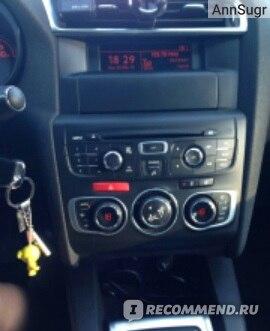 Citroen C4 - 2011 фото