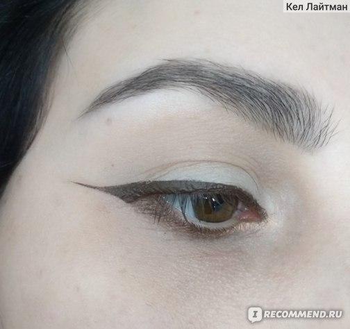 Подводка для глаз Lamel Professional Liquid eyeliner waterproof extrablack фото