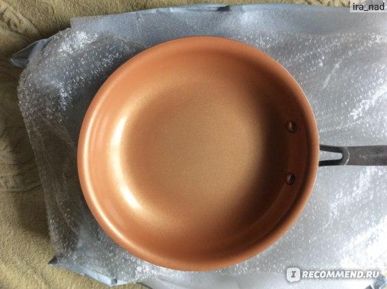 Сковорода Sweet Treats AliExpress Non-stick Copper Frying Pan with Ceramic Coating Induction Cooking Frying Red Pans Oven & Dishwasher Safe  10 Inches Skillet.  Титановая сковорода с медно-керамическим покрытием D 24 см. с Алиэкспресс. фото