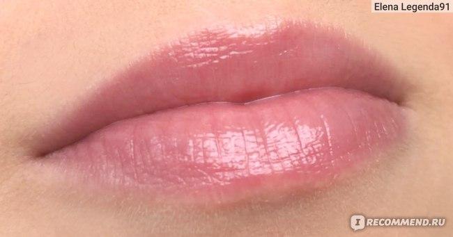Масло-блеск для губ Clarins  Lip Comfort Oil Sakura Collection  фото