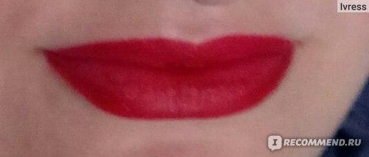 Жидкая губная помада Rimmel Apocalips Matte Lip Velvet фото